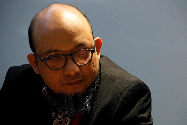 Jokowi Teken PP Pegawai KPK jadi ASN, Novel Baswedan: Terlihat Jelas Presiden Lemahkan KPK