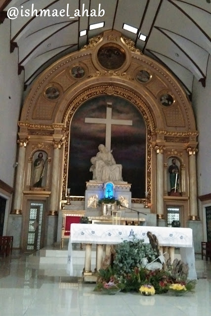 Altar of Our Lady of Sorrows Church in Pasay