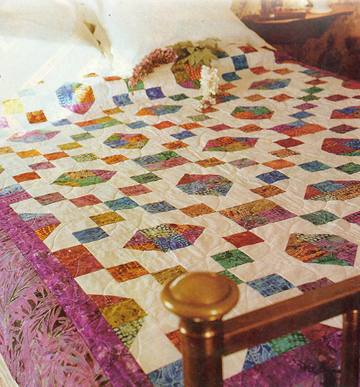 Almost Paradise Quilt designed by Lucy Fazely of FreePatterns