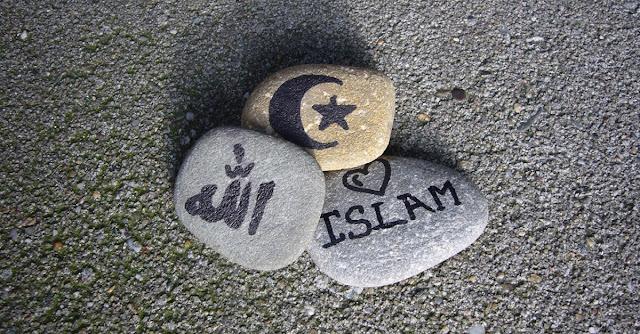 islam secara kaffah itu bersaudara
