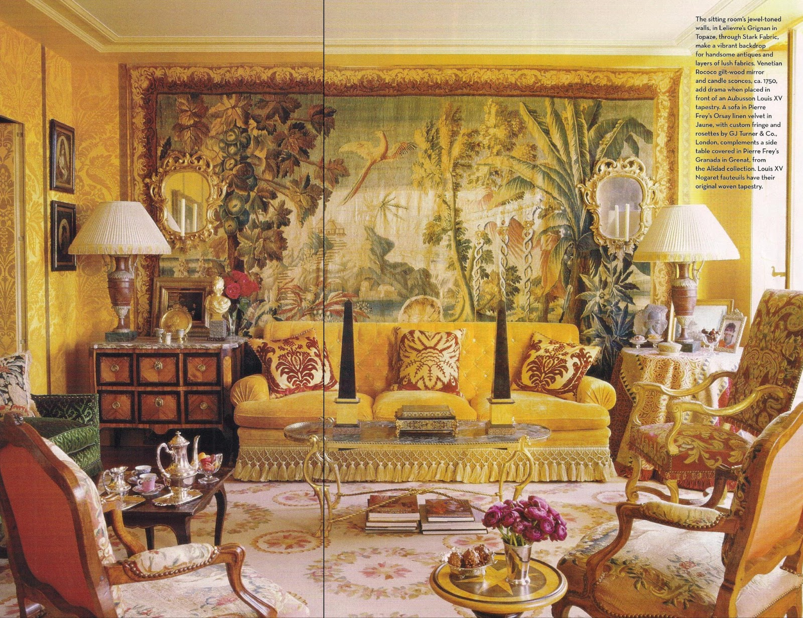 The Raving Queen: Isn't This Jungle Themed Living Room