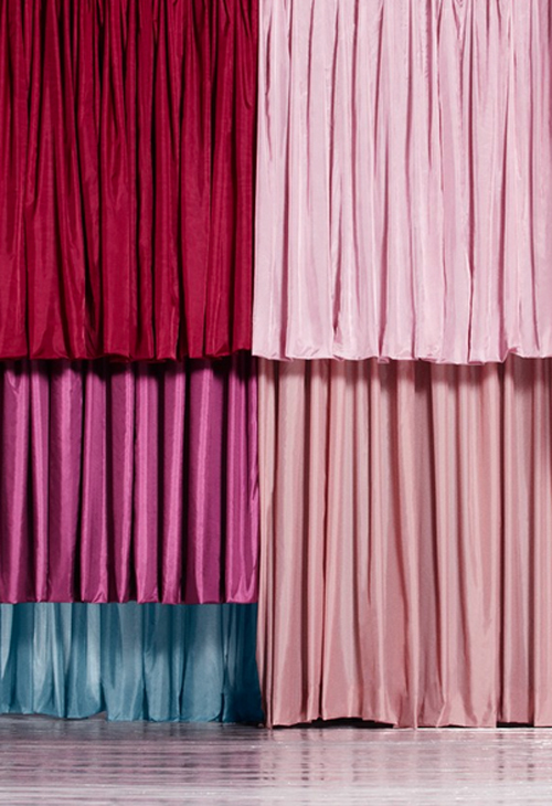 onemoregoodone-one-more-good-one-color-structures-fashion-architecture-curtains-set-design-shona-heath