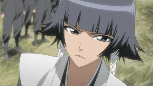 Soi Fon adalah mantan pengawal dari Yoruichi Shihoin