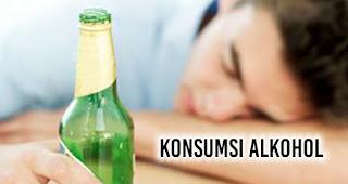 konsumsi alkohol.