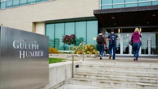 هام للطلبة الكرام فرصة الحصول على منحة  لدراسة البكالورويس في جامعة Guelph-Humber في كندا