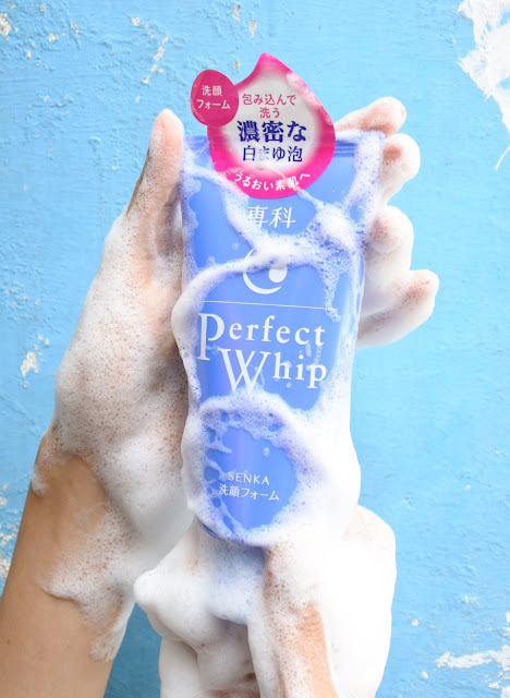 Senka Perfect Whip Facial Wash