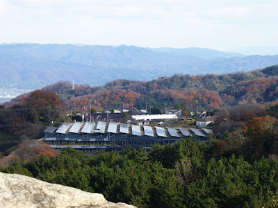 交野山 頂上からの眺め 東側 ソーラーパネル