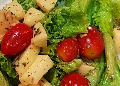 Dijon vinaigrette salad