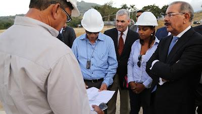 VIDEO: Danilo Medina supervisa construcción presa Las Dos Bocas