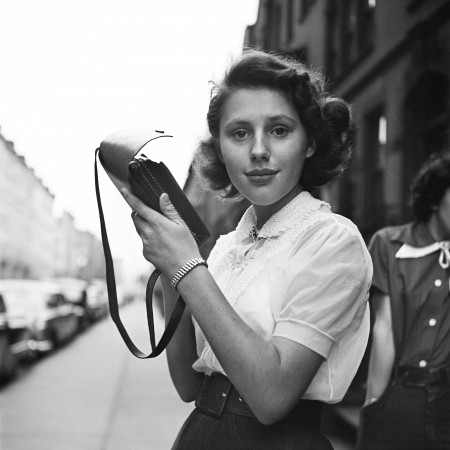 Photo by Vivian Maier | imagenes bonitas bellas, cool vintage pics, pictures, retratos en blanco y negro