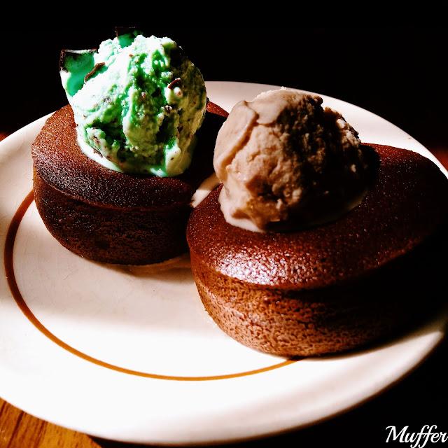Mist Ice Cream - Volcán de Chocolate con Helado