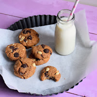 Cookies de manteiga de amendoim e chocolate