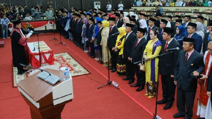 83 Anggota DPRD Sulsel Resmi Dilantik