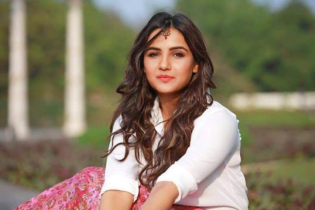 Jasmin Bhasin Biography | Age, Net worth and Boyfriend
