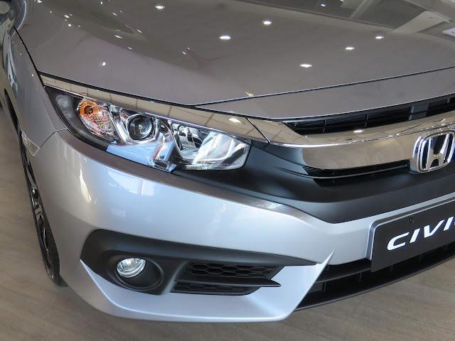 Honda Civic 2017 EXL - não tem sensor de estacionamento dianteiro