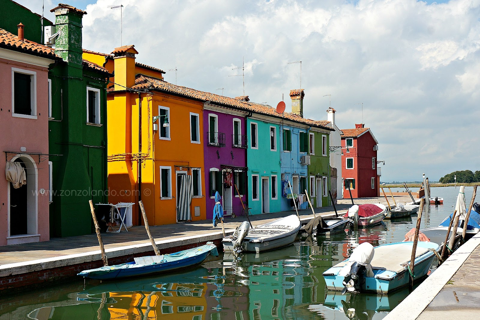 Burano come arrivare cosa vedere Venezia case colorate foto colored houses pictures from Burano