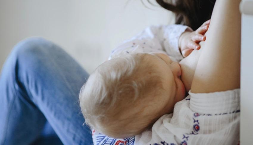 ¿Puedo amamantar a mi bebé si tengo coronavirus (Covid-19)?
