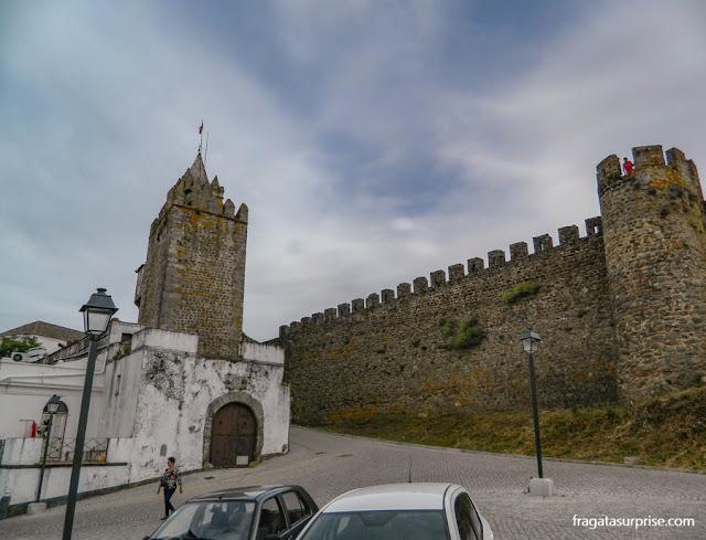 Acesso ao Castelo de Montemor-o-Novo, Portugal