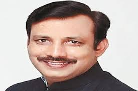हरियाणा हाउसिंग बोर्ड के चेयरमैन जवाहर यादव ने पद से इस्तीफा दे दिया है