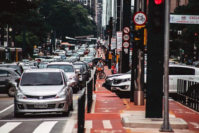 Pessoas Rua Carro - Pixabay