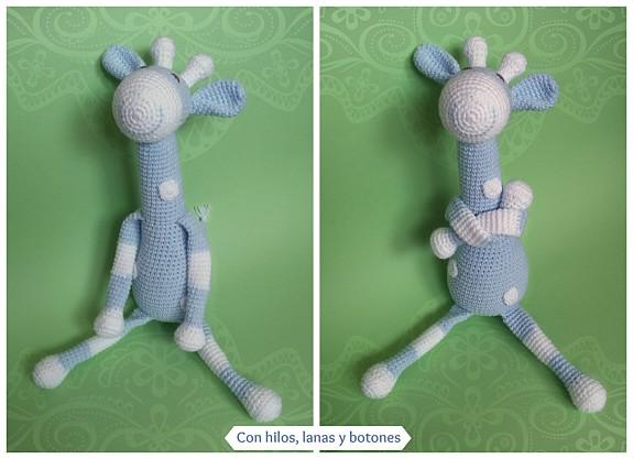 Con hilos, lanas y botones: jirafa amigurumi azul