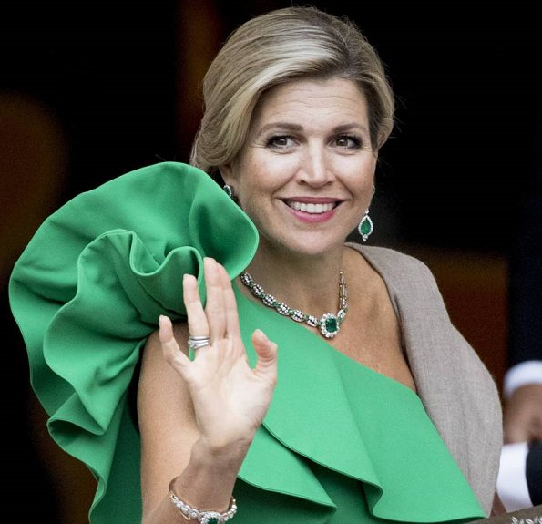 Dutch Queen Maxima wore Lanvin One-shoulder Ruffled Crepe gown at gala dinner in Den Haag. Diamond earrings and diamond necklace