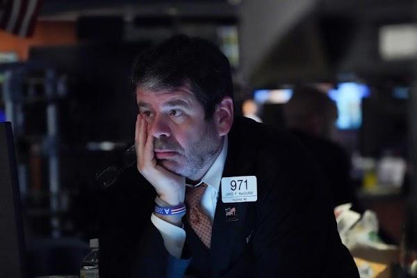 Derrumbe en Wall Street y las bolsas europeas, el petróleo también sufre una fuerte caída