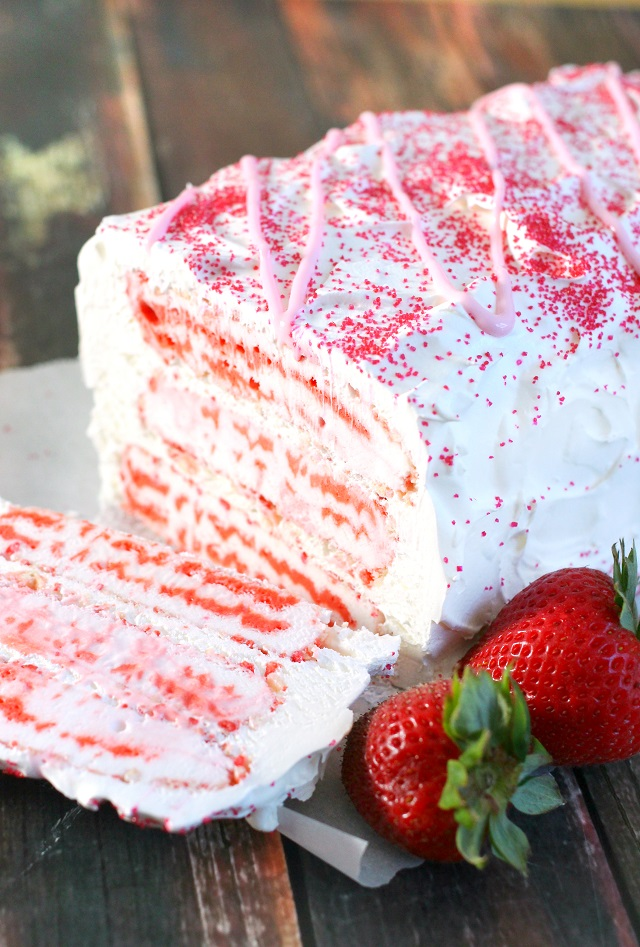 Mama Loves Food!: Strawberry Shortcake Bar Ice Cream Cake ...