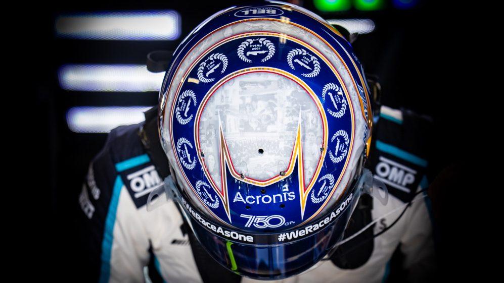Latifi usava um capacete especial enquanto a Williams comemorava seu 750º Grande Prêmio, em Mônaco
