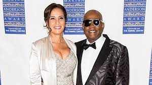 Tia Sinclair Bell: Ronald Bell Wife, Wiki, Biography, Age, Net Worth, Family