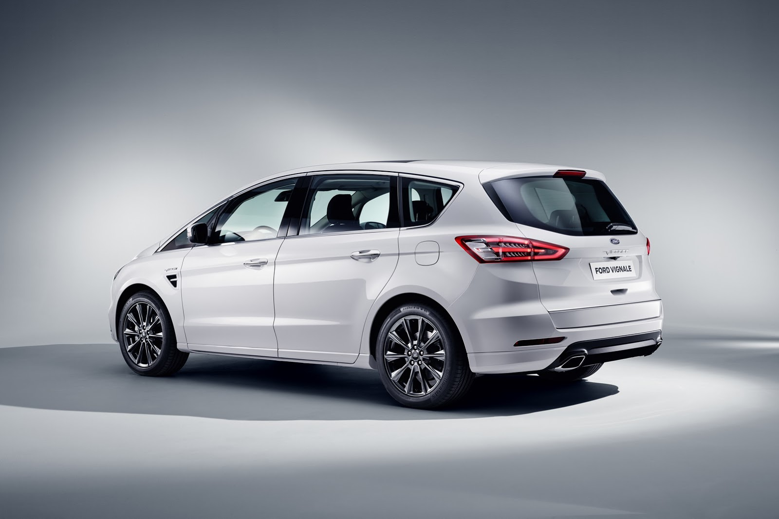 ford luxes up edge kuga mondeo s max with vignale makeover carscoops