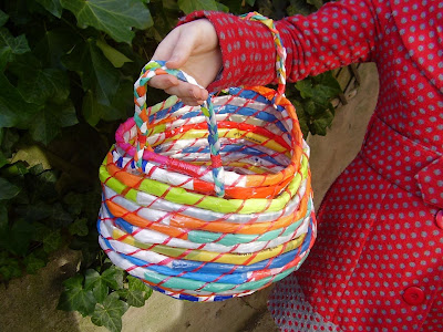 Cool and Creative Ways To Reuse Plastic Bags (45) 33