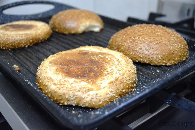 toasting buns צריבת לחמניות