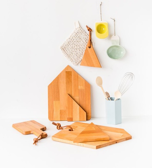 10 best ikea hacks that will transform your home for Diy cutting board storage
