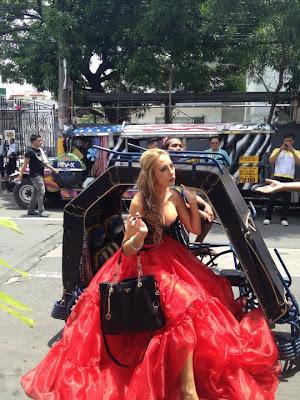 JB Personal & Biz Blog: Jessie James on Pedicab, Philippine