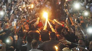Πώς θα φτάσει σήμερα το Άγιο Φως σε κάθε γωνιά της Ελλάδας