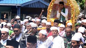 Ustad Abdul Somad di Tandu di Aceh Barat Daya