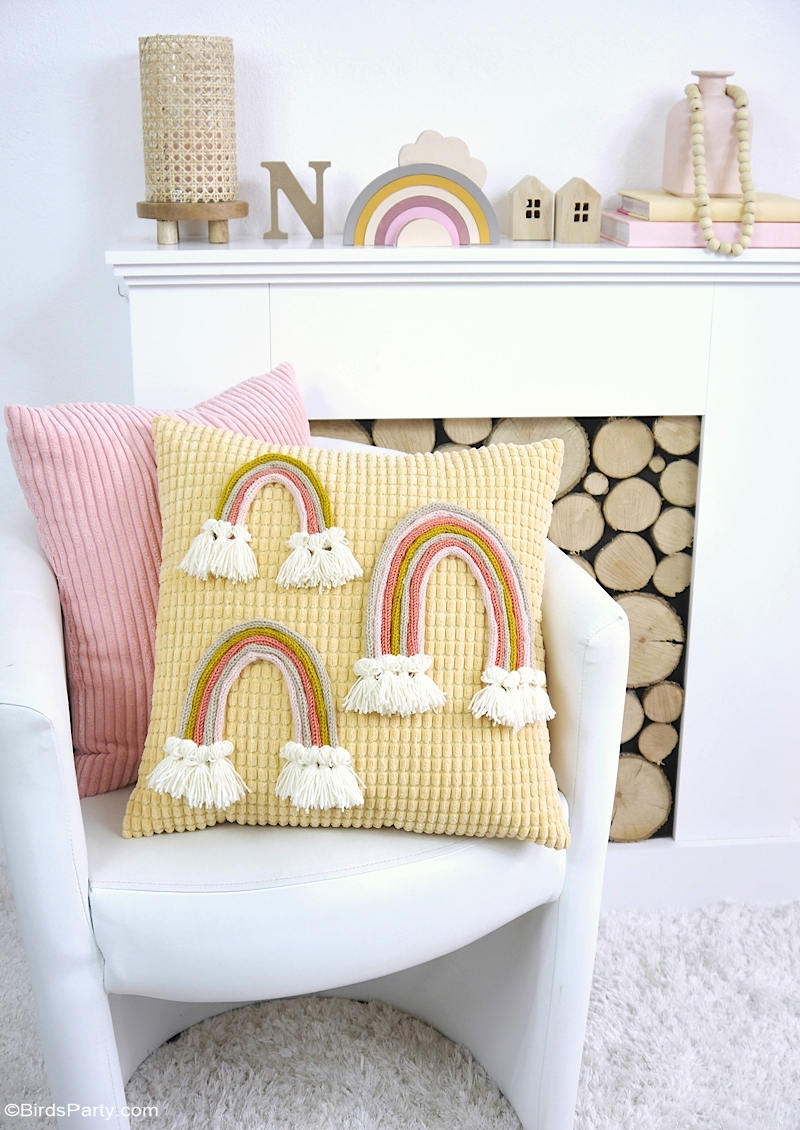 DIY Boho Macramé Rainbow using a Knitting Machine - a quicker and cheaper technique for making macramé rainbows out of yarn using knitted tubes! #diy #boho #macramé #rainbow #bohorainbow #homedecor #rainbowdecor #knitting #knittingmachine