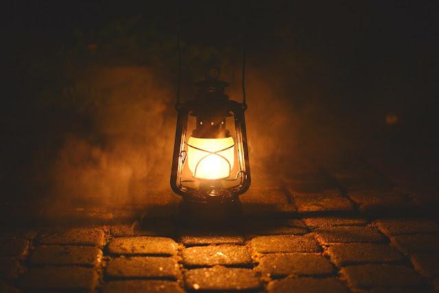 oillamp wallpaper, lamp wallpaperdesign, nightlamphdwallpaper, lampimages free download, traditionallampimages, burninglampimages, lampka photo, lightwallpaper,