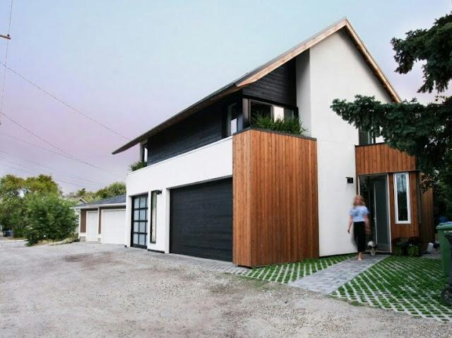 Minimalist 2-Story Gable House