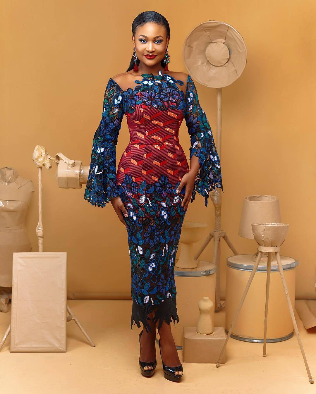 Latest And Creative Ankara Styles Mix With Lace Fabric For