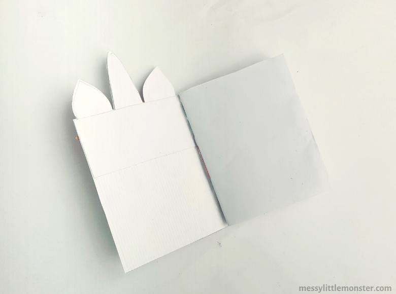 How to make a DIY unicorn notebook