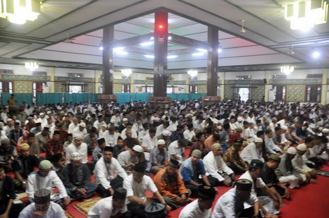 Perayaan Idhul Adha 1439 H, PTBA Tebarkan Bantuan 69 Ekor Sapi Kurban
