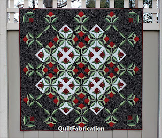 APPLIQUE QUILT-ROSE QUILT-BLACK AND WHITE