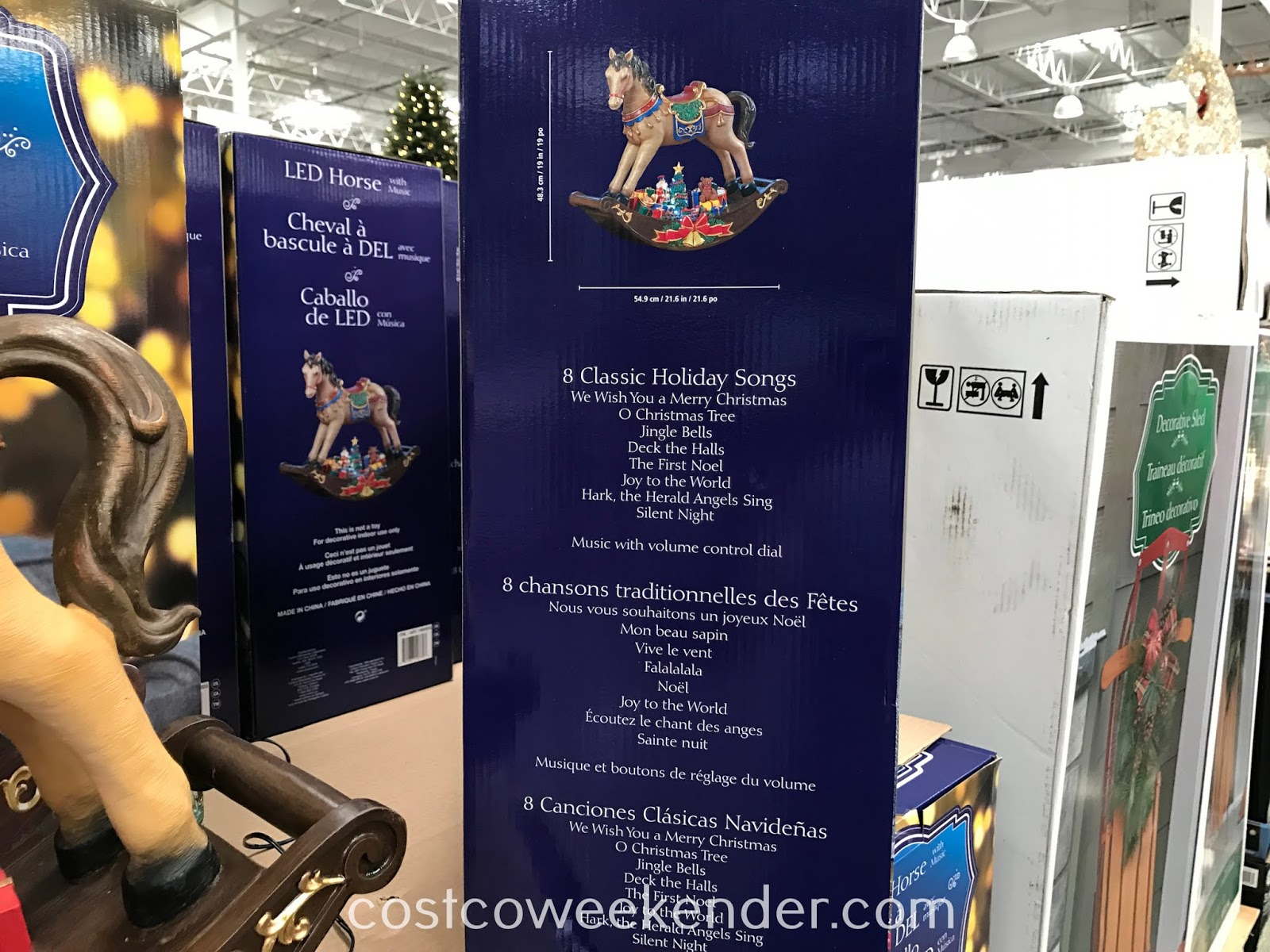 Costco 1900203 - LED Table Top Horse with Music: great for the holidays