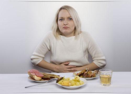 تخلص من عسر الهضم والتلبك المعوي في رمضان