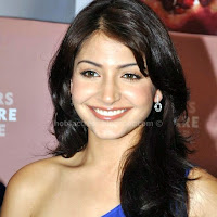 Anushka sharma hot photos with cute smile