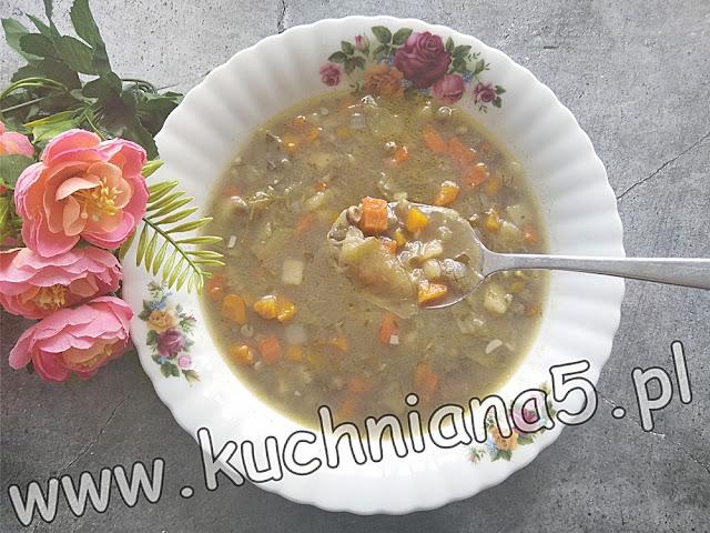 łatwa zupa z groszkiem cukrowym