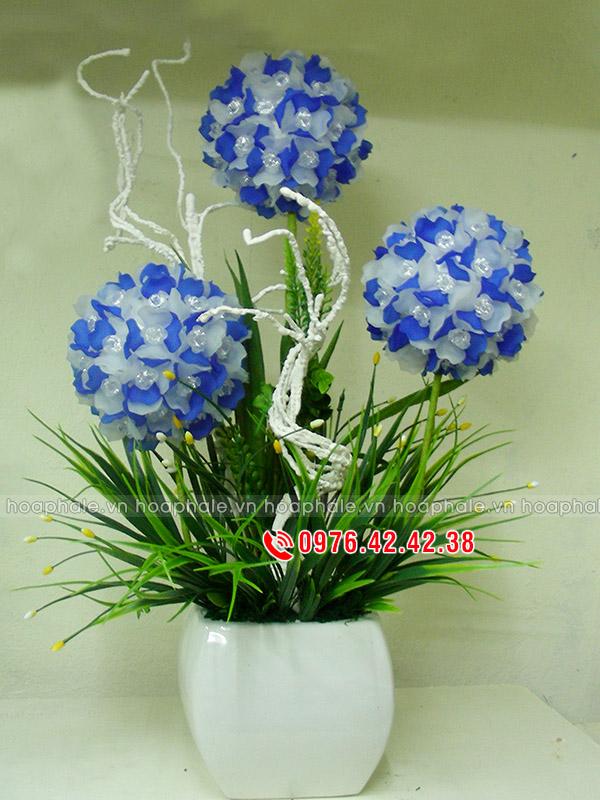 Hoa da pha le tai Dai Mo