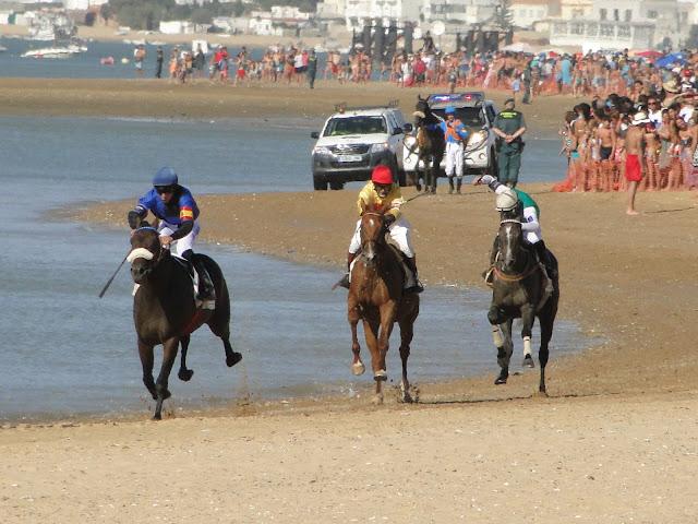Carreras de caballos de Sanlúcar de Barrameda con baja mar